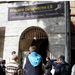Führung durch den Fichtebunker in Kreuzberg. Foto: Birte Brugmann